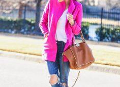 8 стильных образов, с чем носить розовое пальто