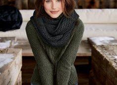 23 стильных образа, с чем носить женский свитер