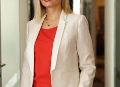32 свежих образа для деловых женщин на 2019