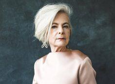 Мода для женщин за 60 лет на осень 2019