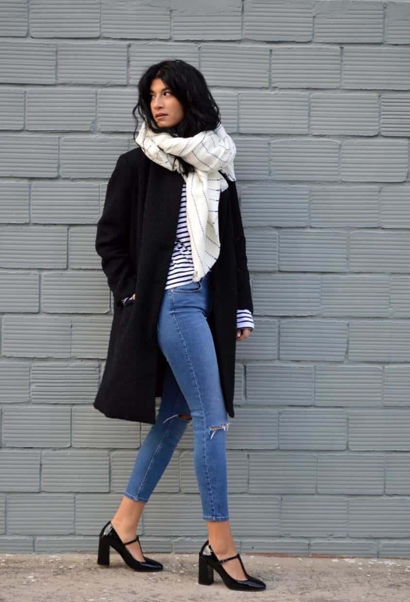 белый шарф с пальто