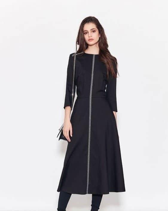 Правильный подбор фасонов одежды: как подчеркнуть достоинства и скрыть недостатки